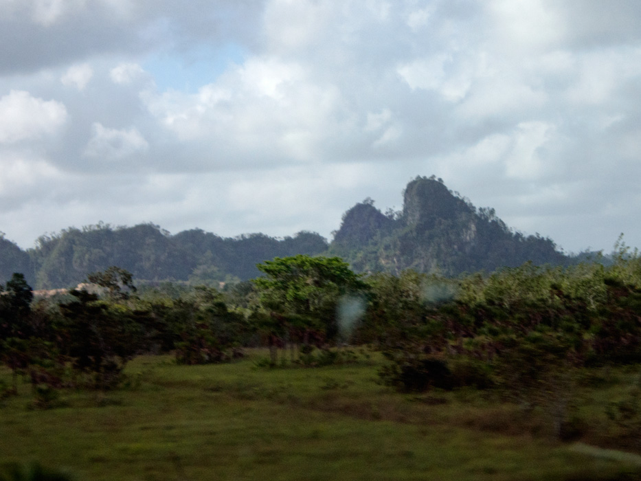 The mountains and jungle through the bus window