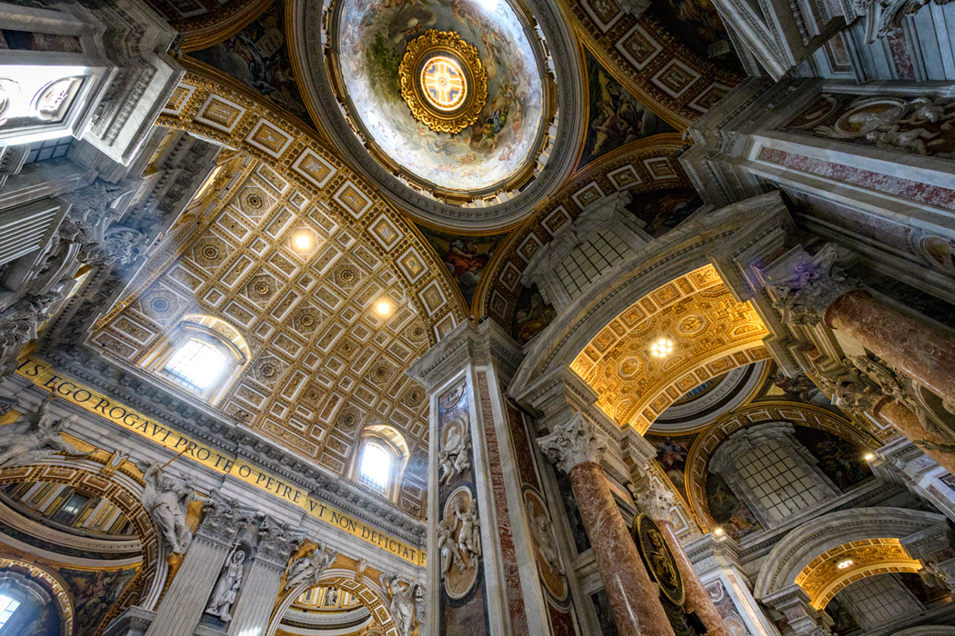 The ceiling at St Peter's Basilica Below, details of art work and sculpture in St Peter's (click on any image to expand.)