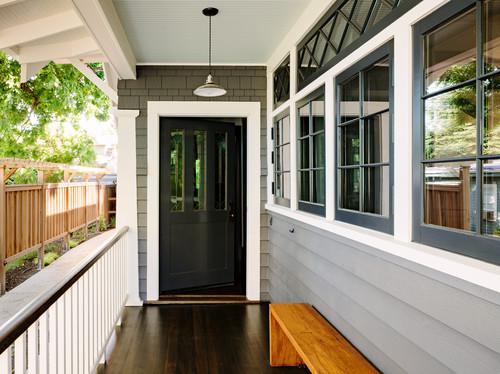 Craftsman Porch  by  Portland General Contractors    The Works