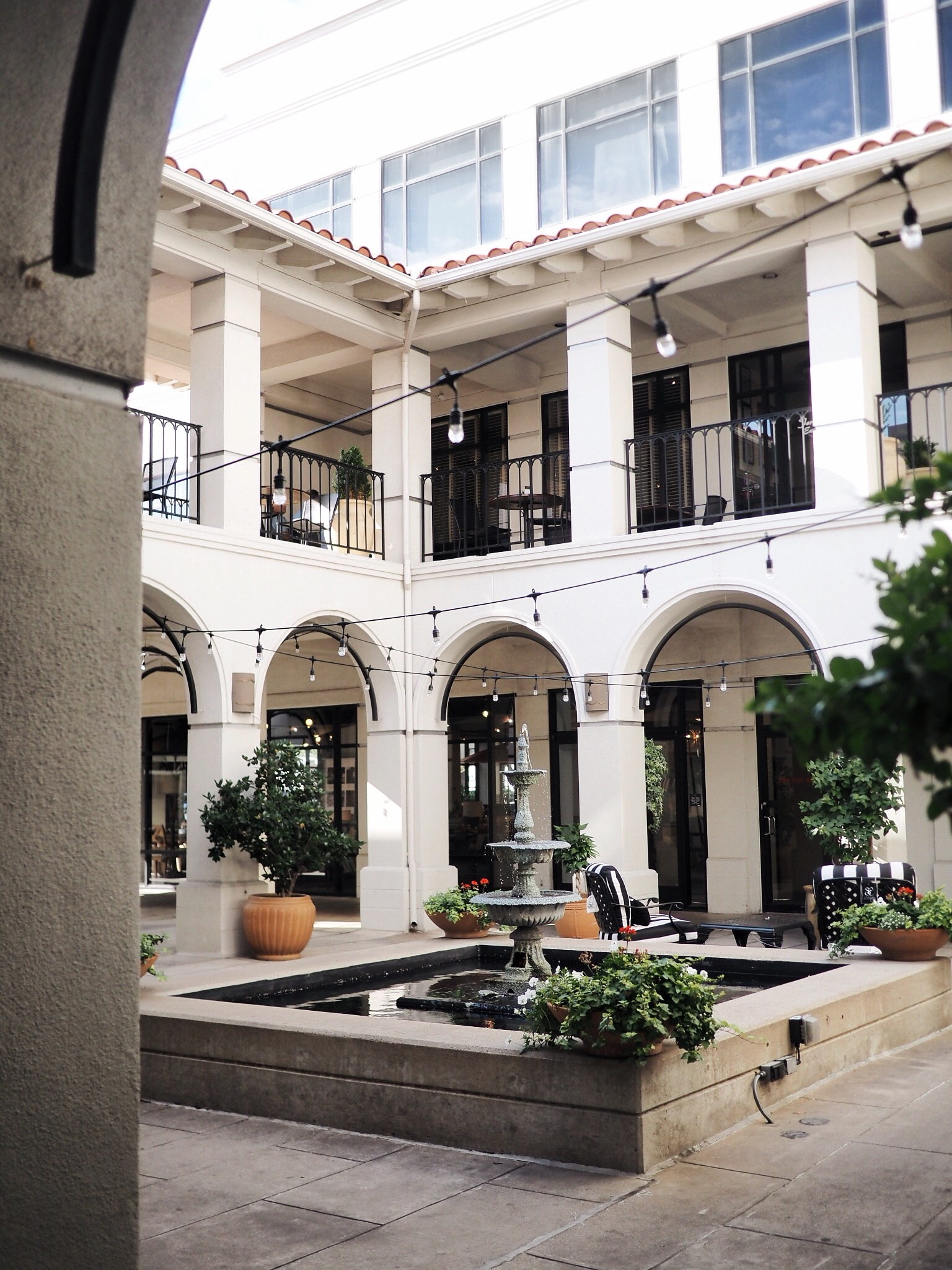 RIVIERA SPA DALLAS - 4514 TRAVIS ST #105, DALLAS, TX 75205