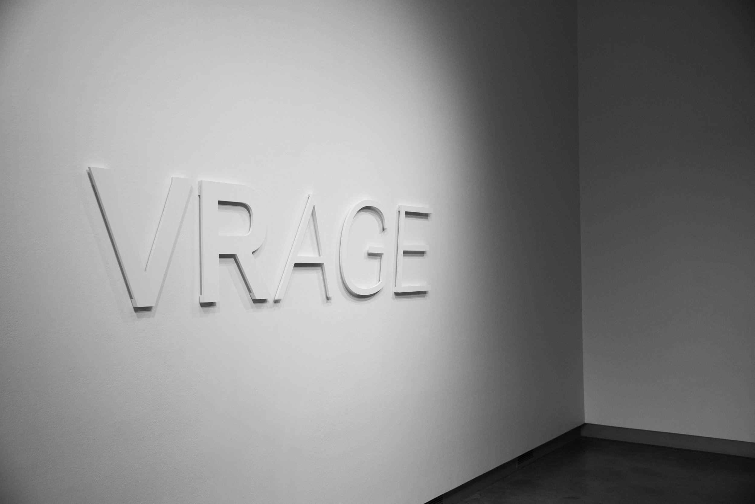 VRAGE—Wall