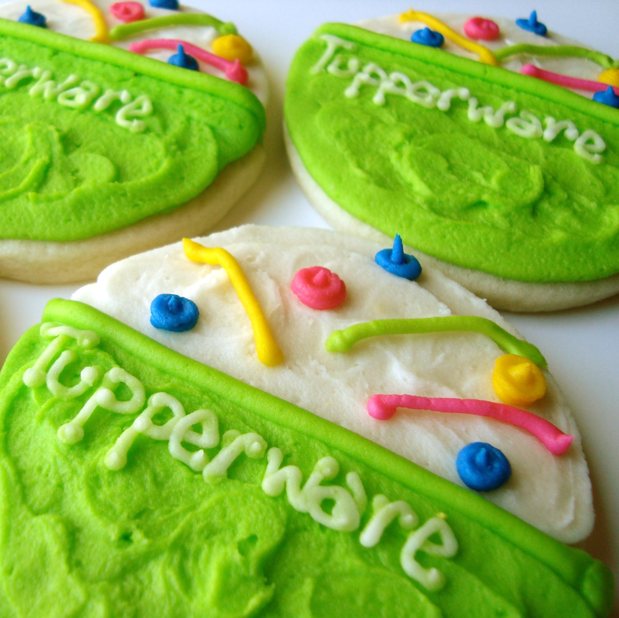 Tupperware.Cookie.jpg
