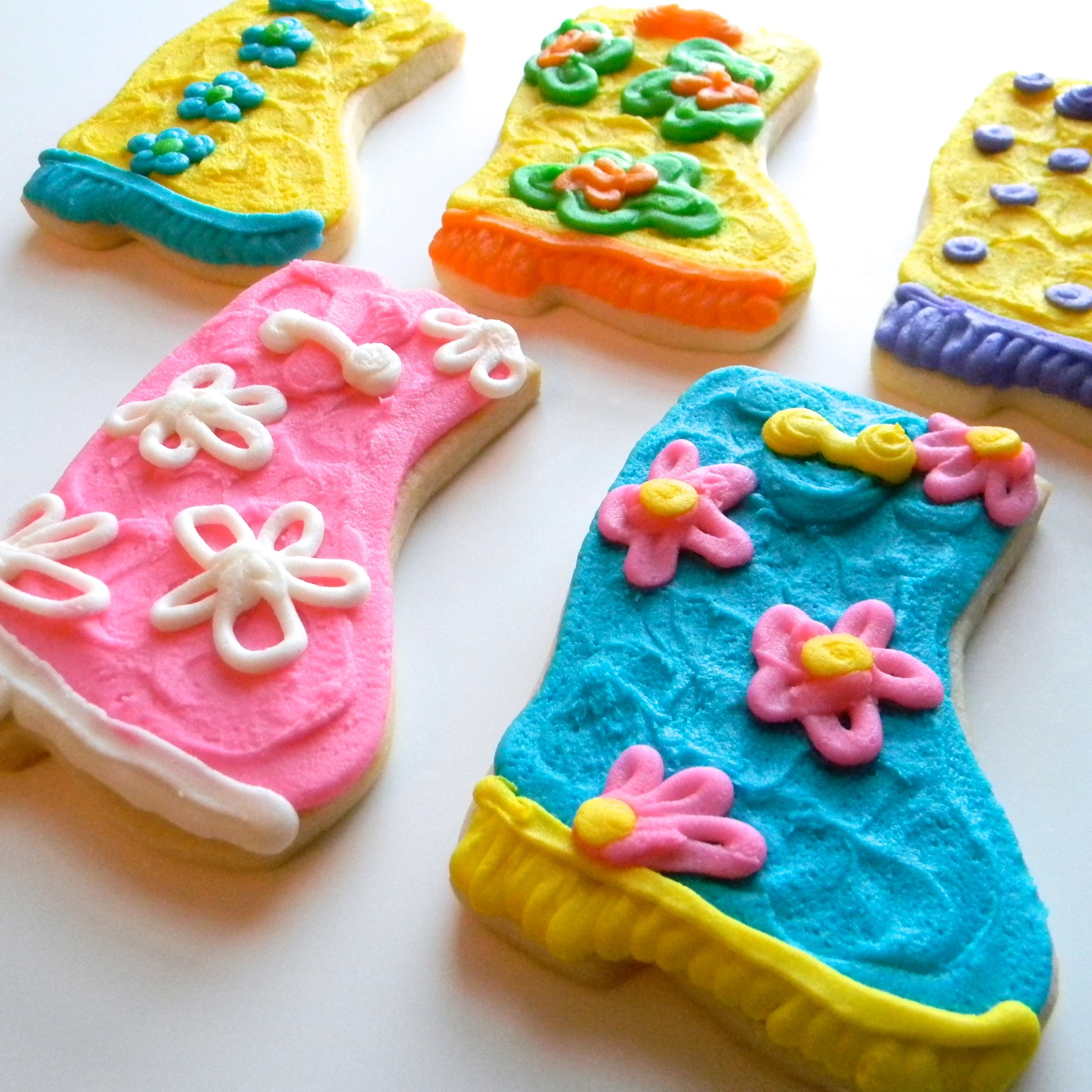 clothing.cookies.rain.boot.jpg