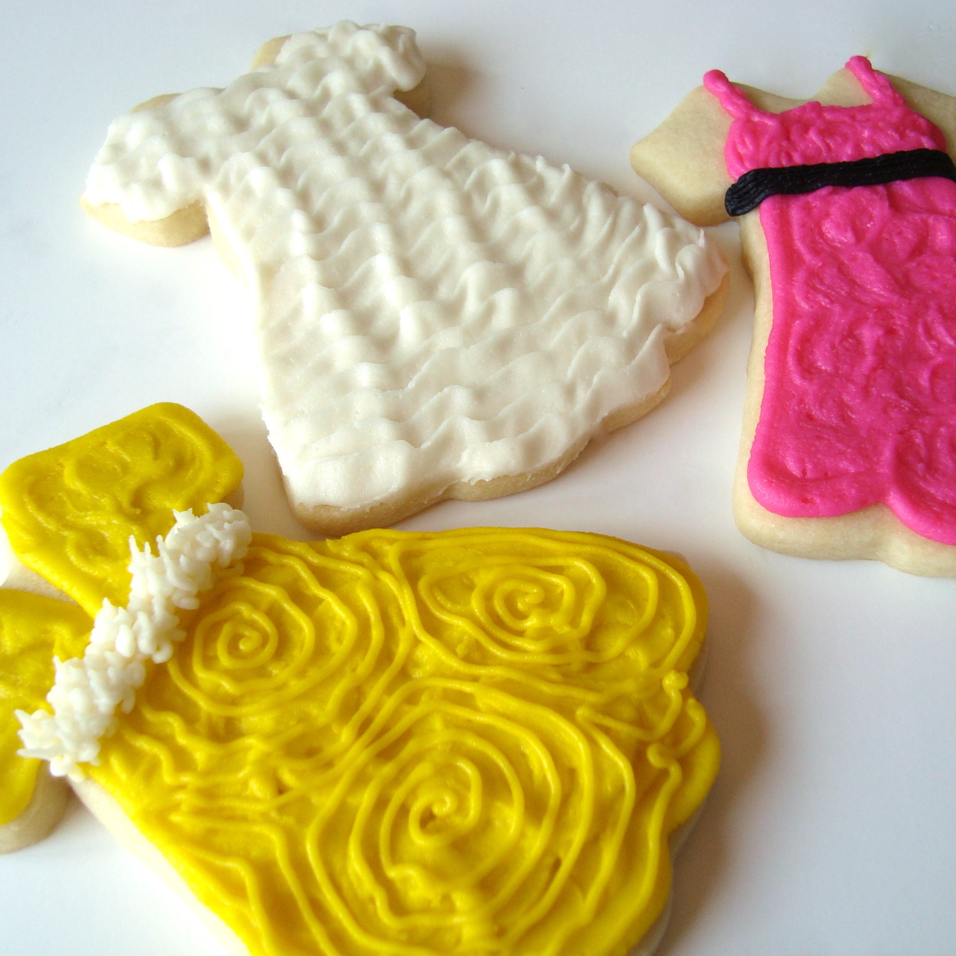 clothing.cookies.dress.2.jpg