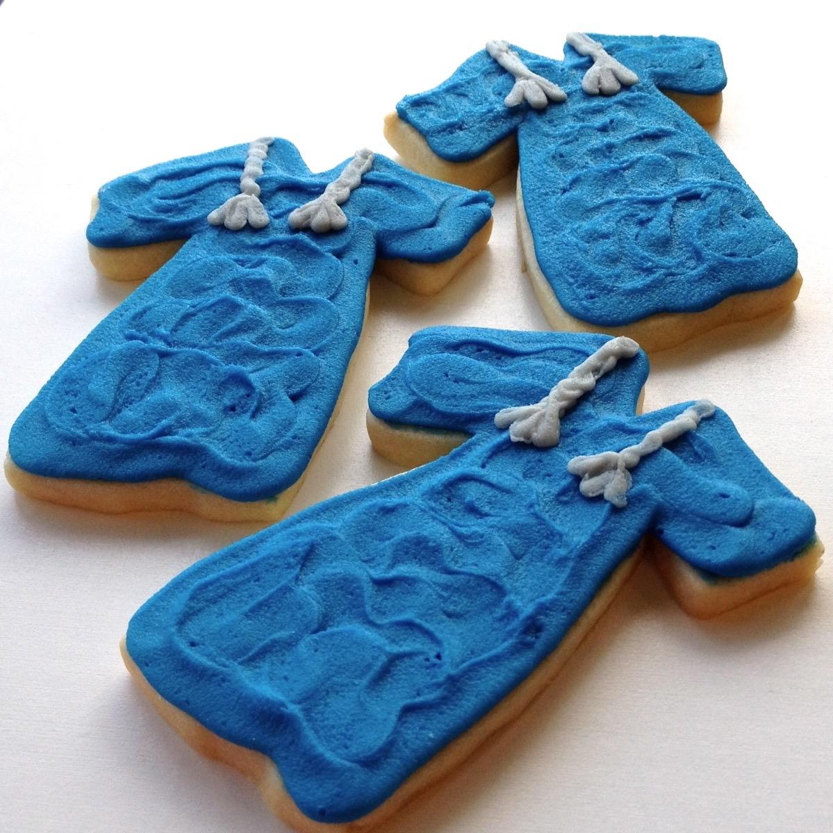 cookie.graduation.gown.jpg