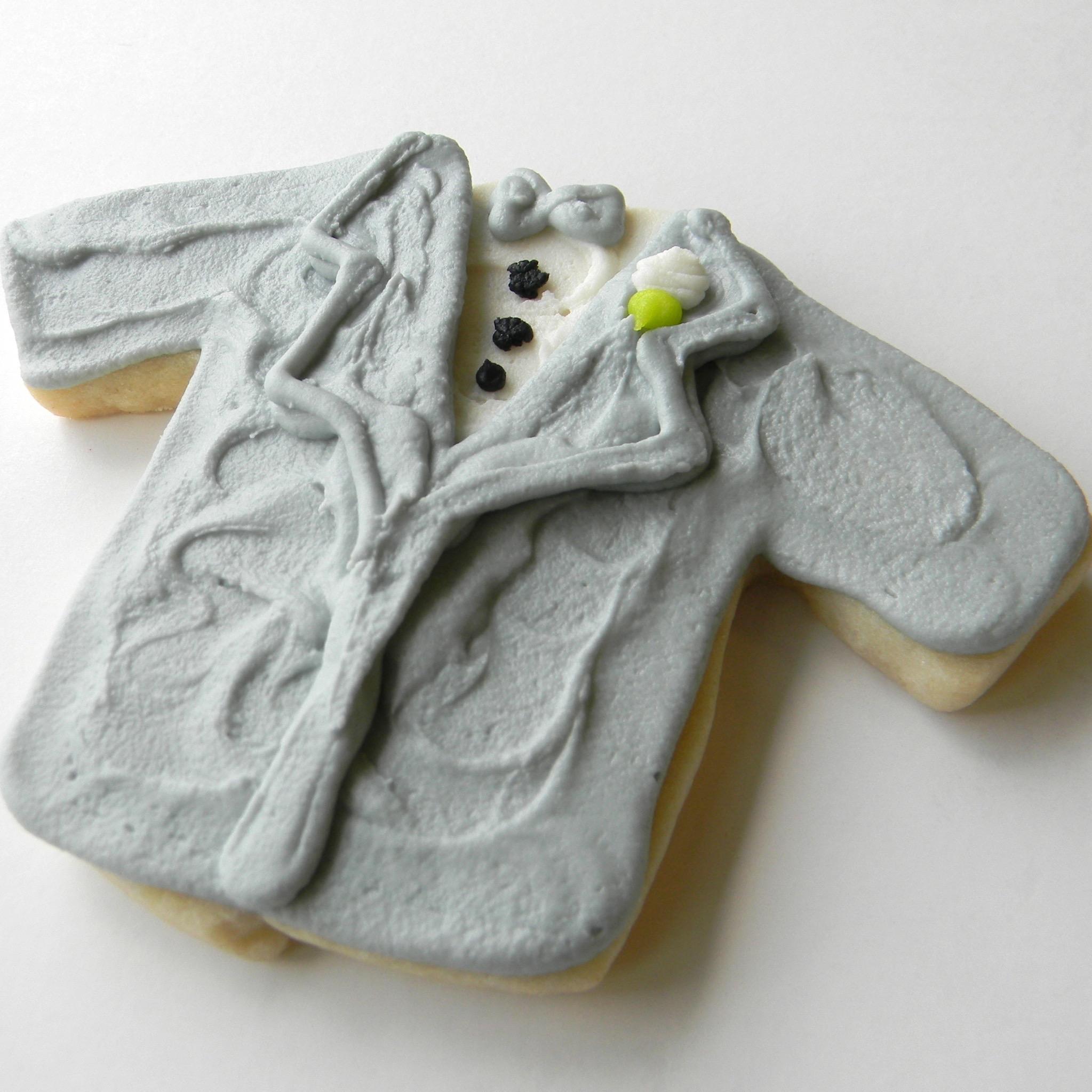 Wedding.cookies.tux.gray.jpg