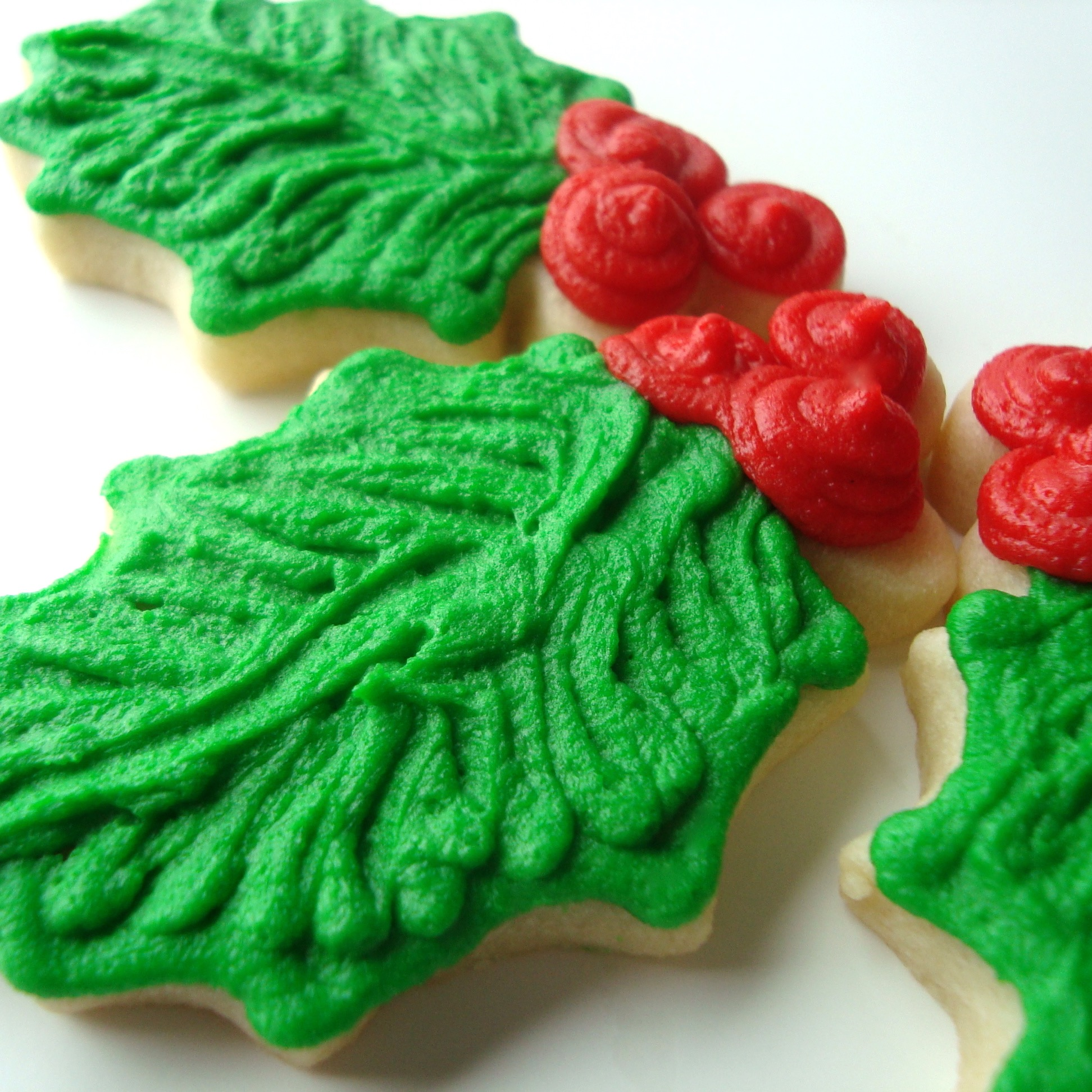 christmas.cookie.holly.jpg