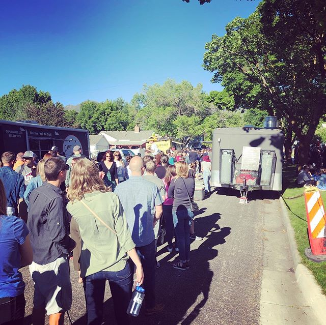 Getting closer, closer and eating! Well worth the wait...we're at the Heart and Soul Music 🎼 Stroll in Sugarhouse today from 3-8p tonight! Great local artists and the perfect opportunity to enjoy the sun and spend time in your community. #blackssliders #sugarhouse #heartandsoulmusicstroll #foodtruckleague