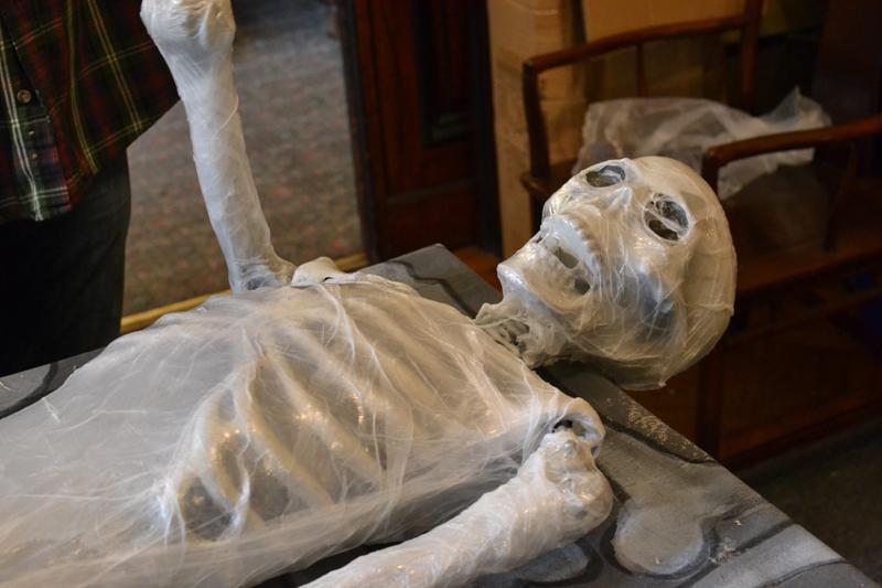 corpse_making_9.13.1448.JPG