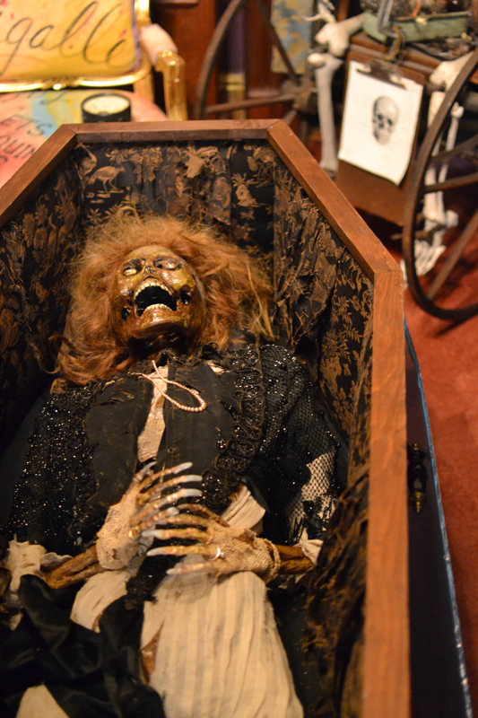 corpse_making_9.13.1458.JPG