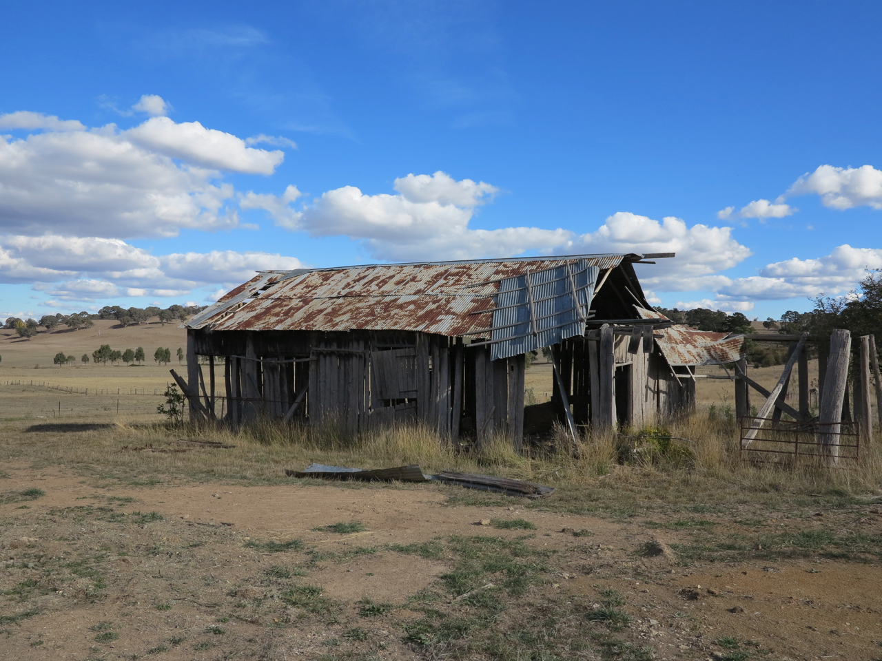 The old hayshed. Before.