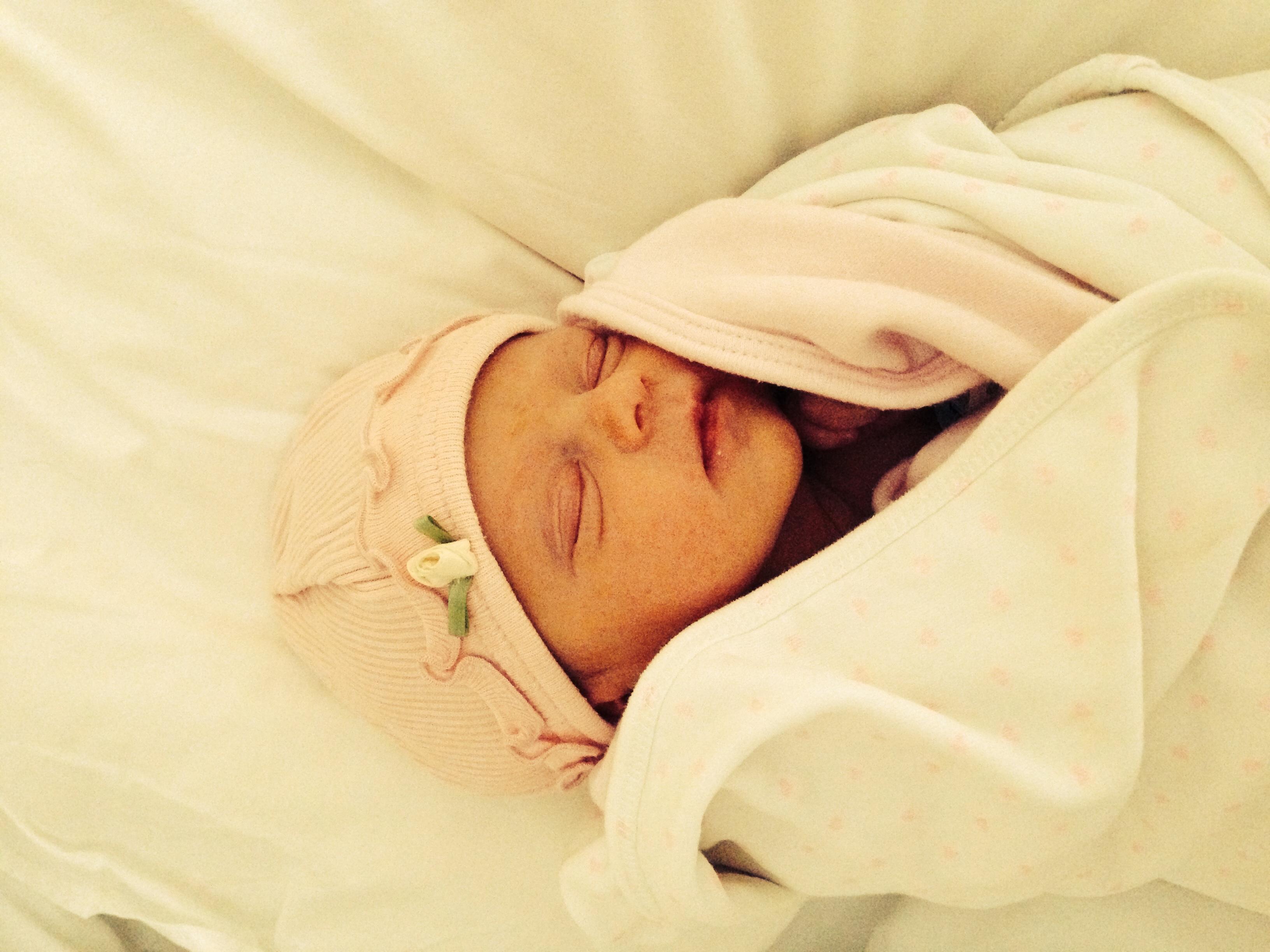 Baby Esta weighing 2.050 kg