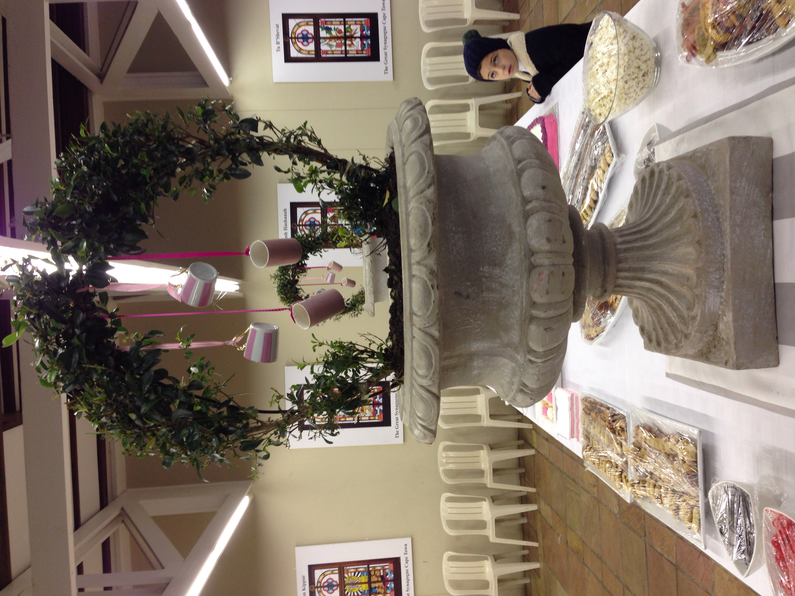 I loved the hanging tea cups idea - Thanks to Seon from Event Interiors for her creativity!