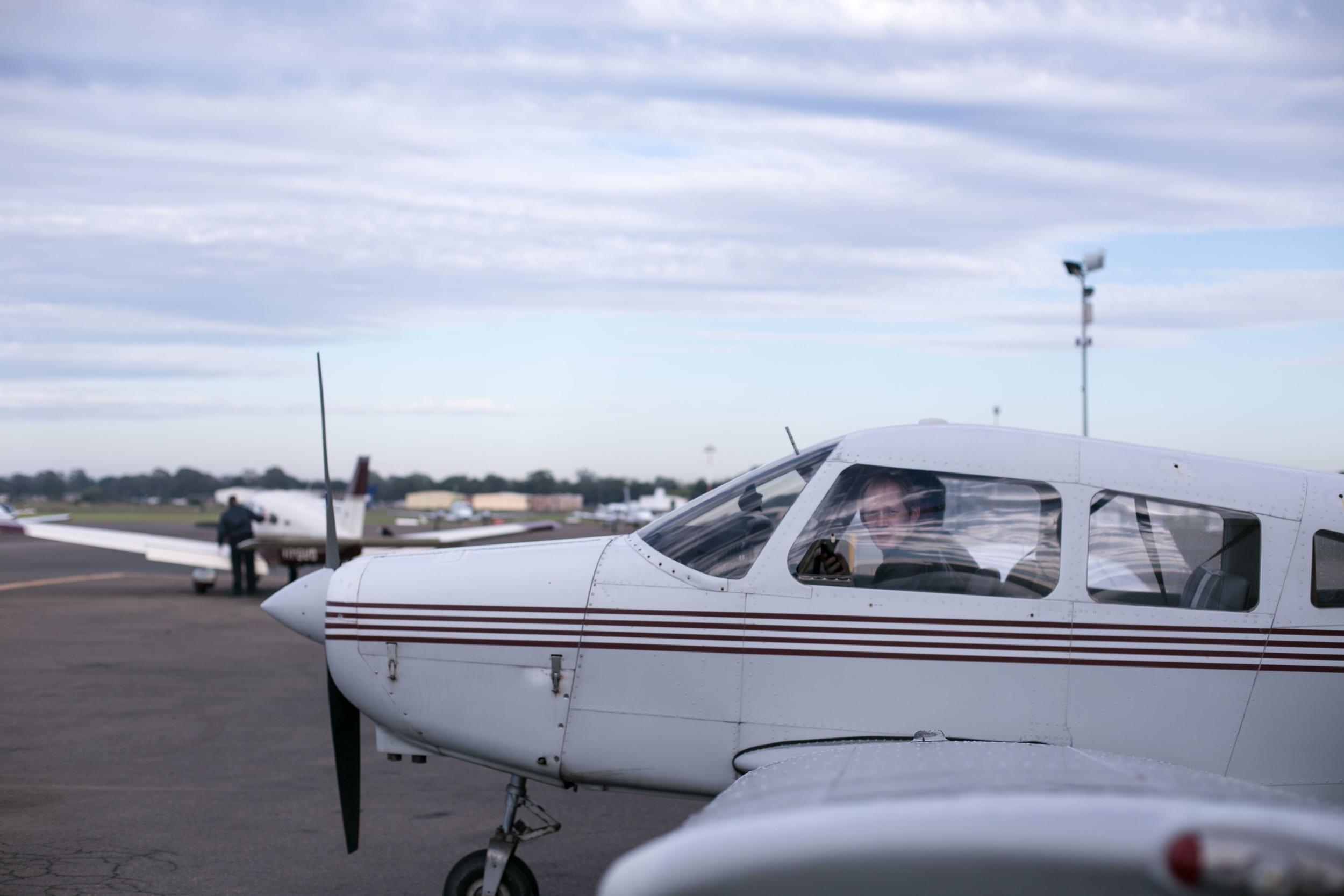 in_venus_Veritas_pilots_BANKSTOWN_AIRPORT-3.jpg