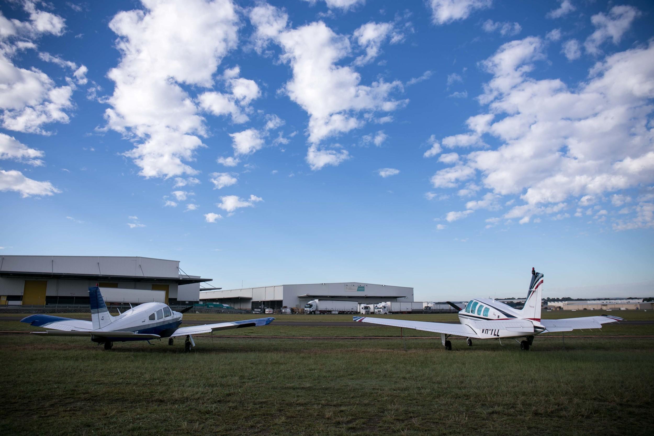 in_venus_Veritas_pilots_BANKSTOWN_AIRPORT-5.jpg