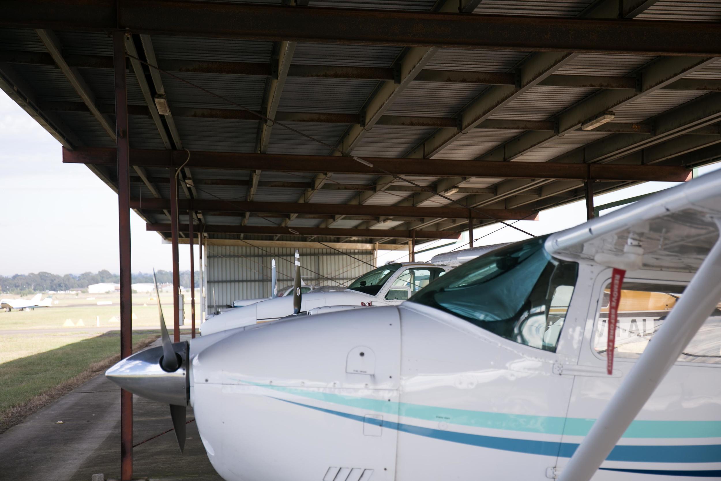 in_venus_Veritas_pilots_BANKSTOWN_AIRPORT-10.jpg