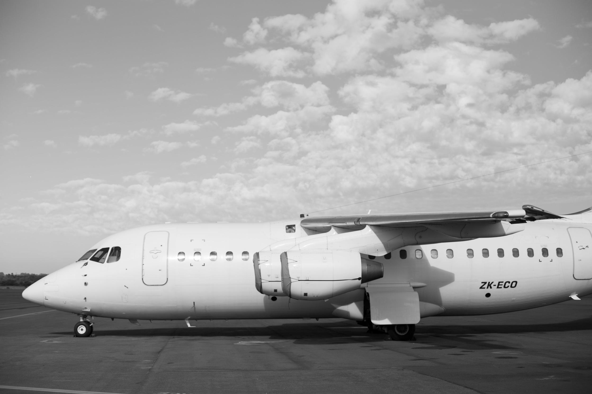 in_venus_Veritas_pilots_BANKSTOWN_AIRPORT-15.jpg