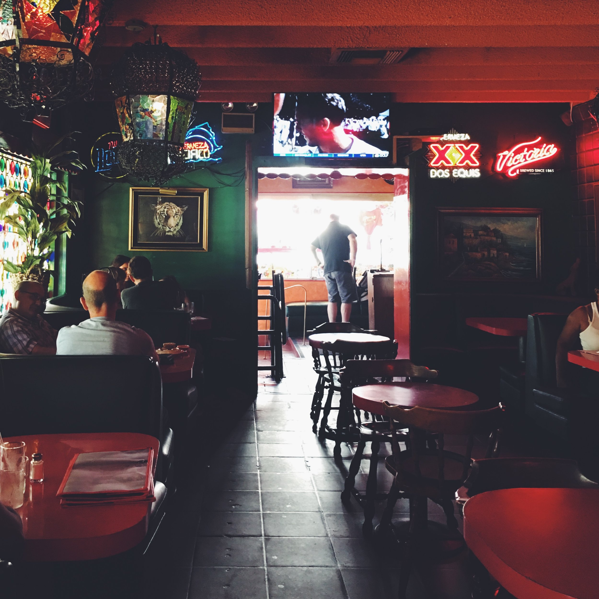 ivv_petrolette_kel_mcintosh_Interior_El_Coyote_Mexican_Restaurant.jpg