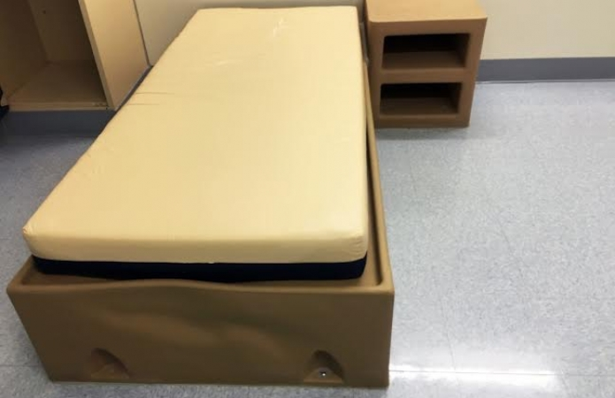 patient bed by Chr. Bastiaans.jpeg