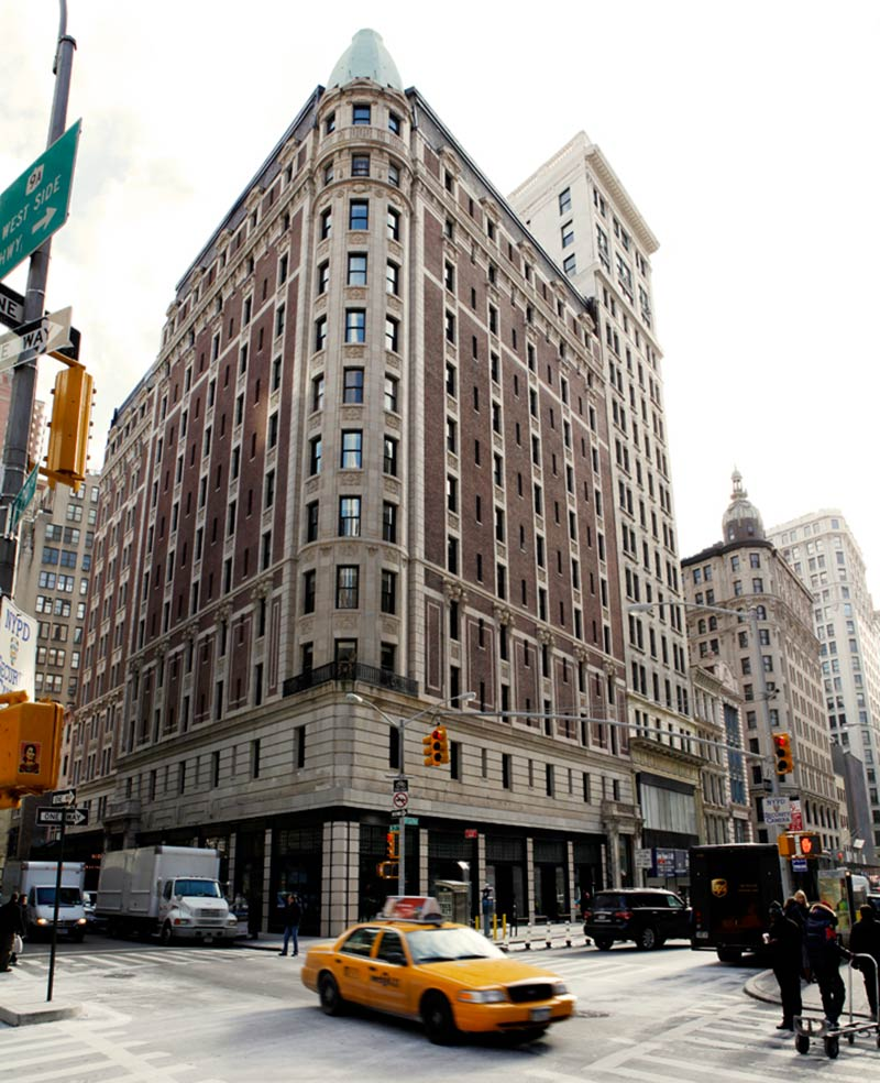 the-ace-hotel-new-york-stylish-exterior-architecture-building.jpg