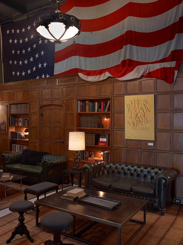 the-ace-hotel-new-york-stylish-lobby-chesterfield-sofa-lounge.jpg