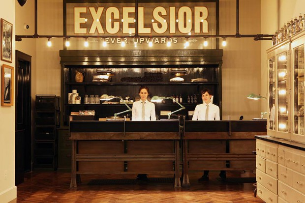 f-the-ace-hotel-new-york-stylish-reception-photo-credit-douglas-lyle-thompson-620x413.jpg