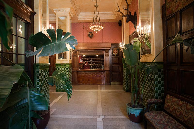 The-Jane-Hotel-New-York-lobby.jpg
