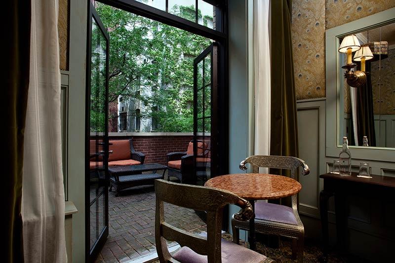 The-Jane-Hotel-New-York-captains-cabin-bedroom.jpg