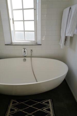 Tubs remain empty & unused