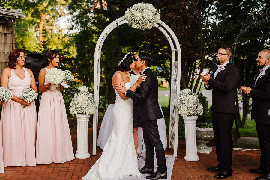 37-Milleridge Inn Weddings NYC Wedding Photographer Brooklyn Weddings Longbrook Photography.jpg