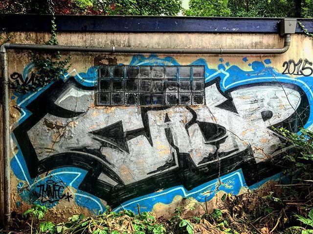 Crisp #streetart #graffiti #graffitiporn  #thedutch #thenetherlands #dutch #amsterdam #imagesforyoursenses #streetphotography #traveler #pictureoftheday