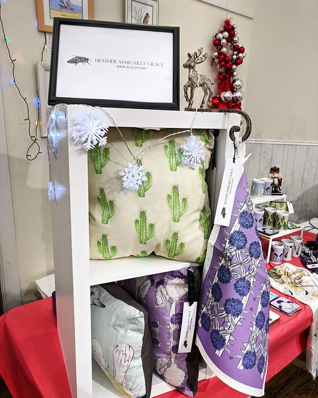 We are at Dalmeny Kirk today from 10am to 4pm today for their Christmas Market.  #shoplocal #dalmeny #southqueensferry #whatsonedinburgh #christmasmarket #shopsmall #buylocal #supportsmallbusiness #scottishgifts #thistleteatowel #teatowel #thistleprint #thistles #outlandergifts