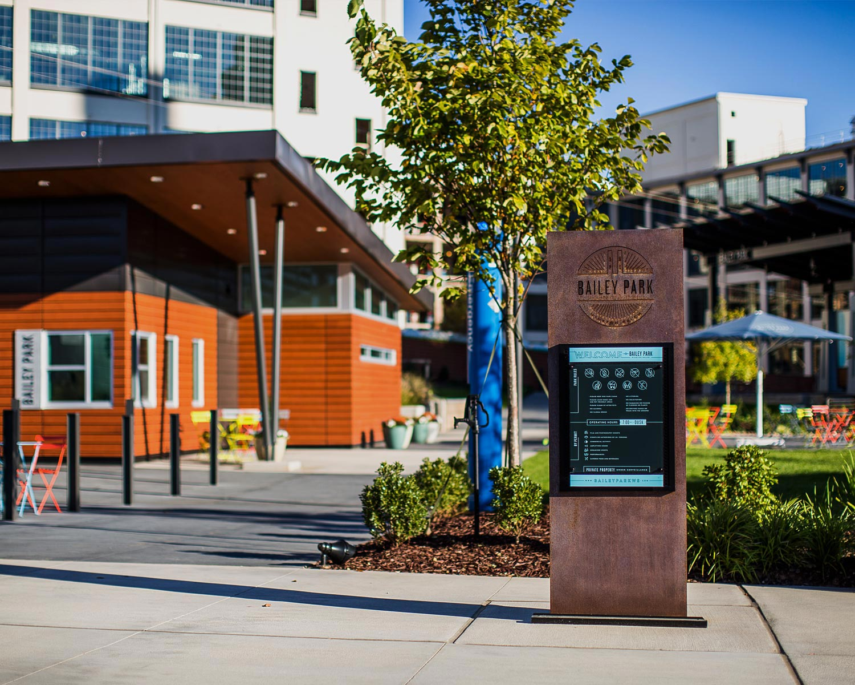 05-Bailey-Park-Entrance-Sign1.jpg