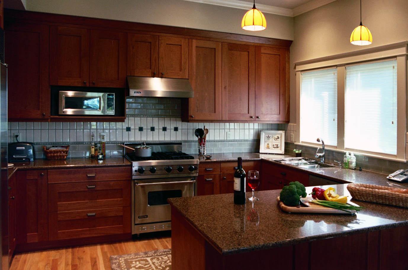 kitchen2copy.jpg