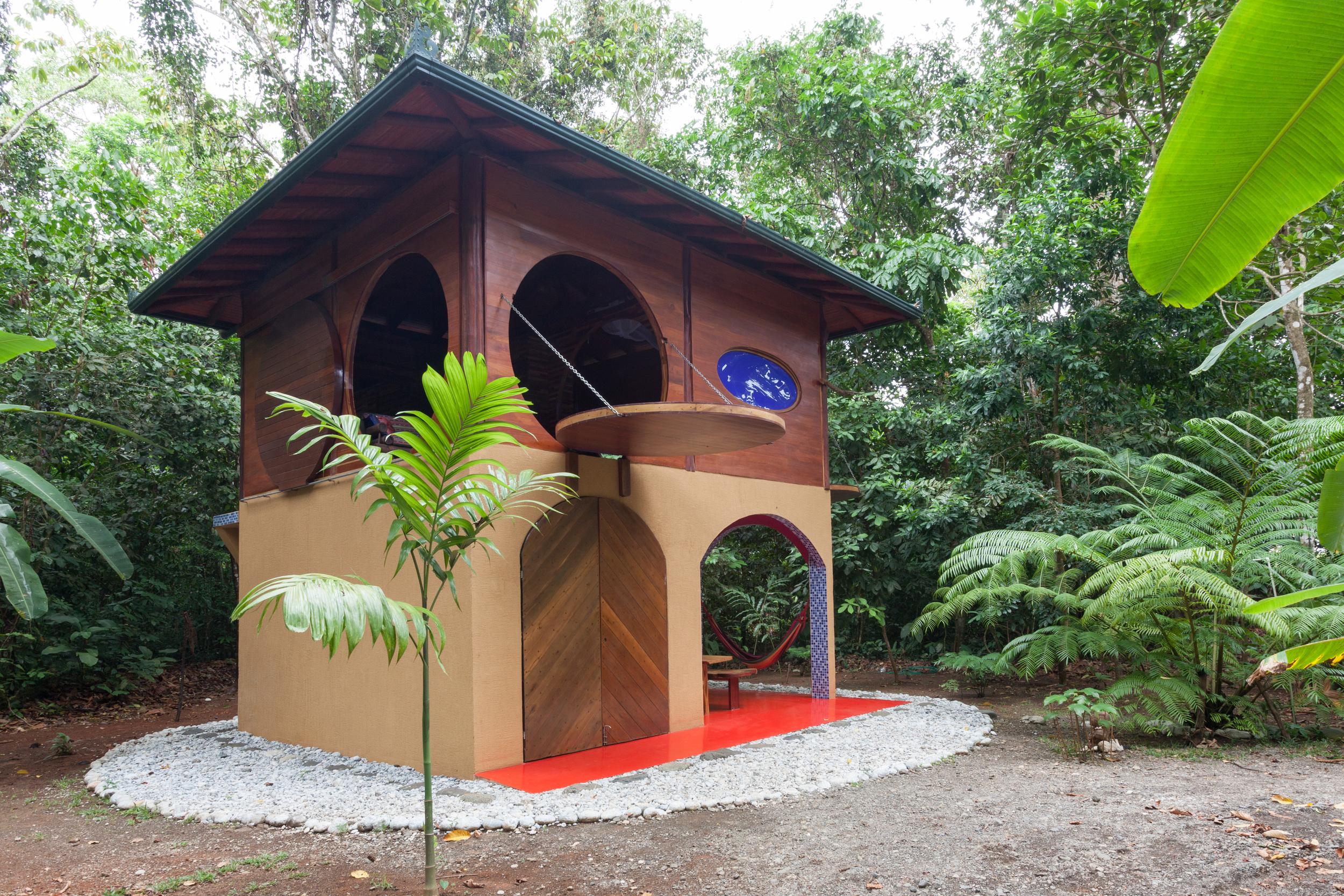 Jungle Bungalo