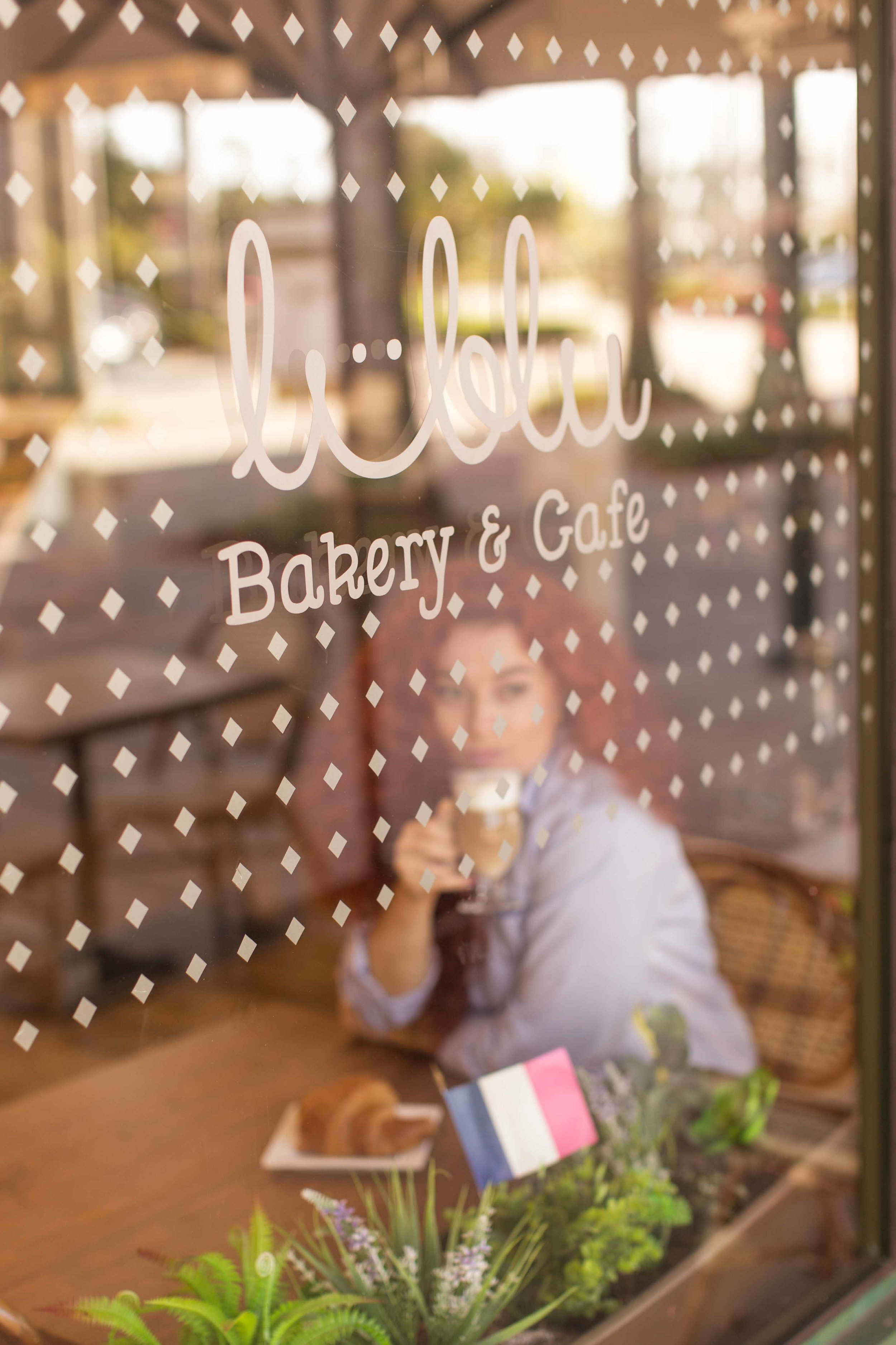 personal-branding-photoshoot-lublu-cafe-boca-raton-south-florida