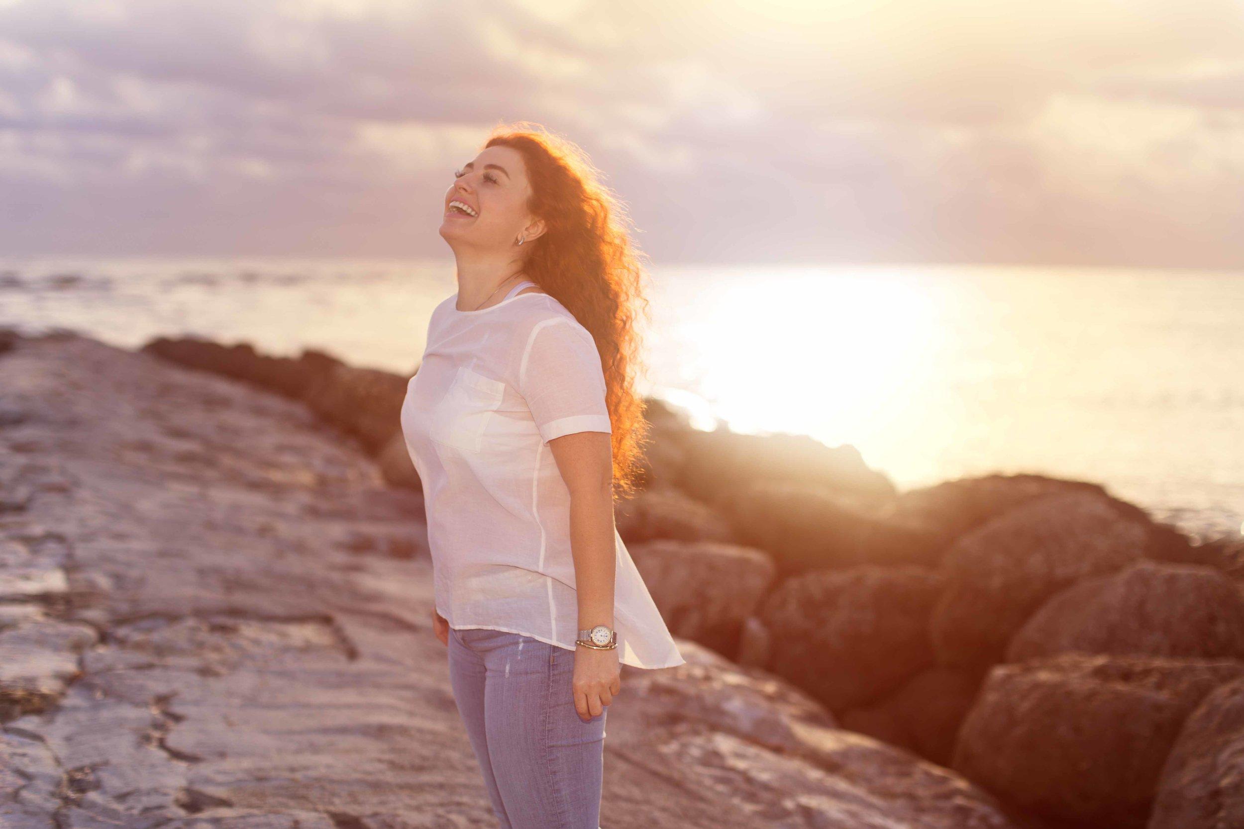 personal-branding-photography-female-entrepreneur-ocean-photoshoot-sunrise-boca-raton-south-florida