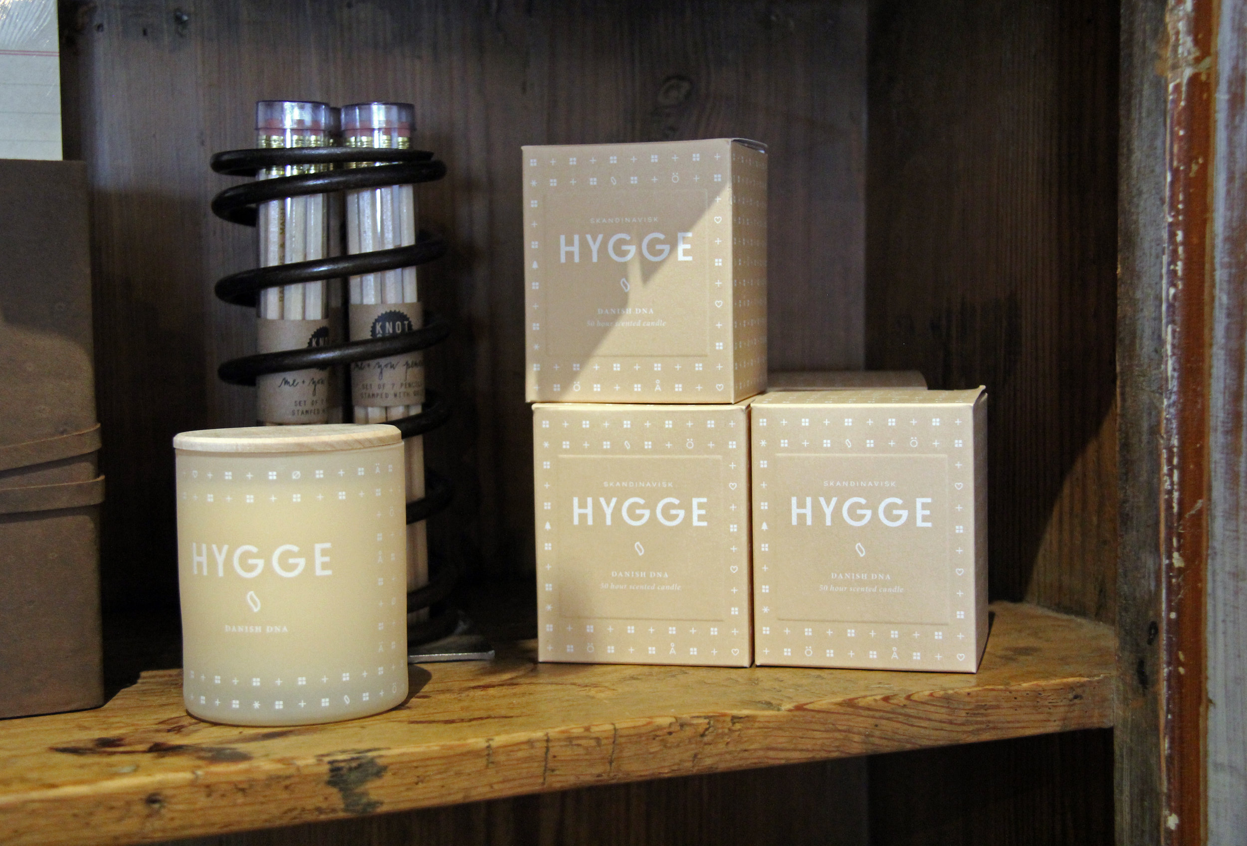 Scandinavian-inspired winter scented candles and simply beautiful design