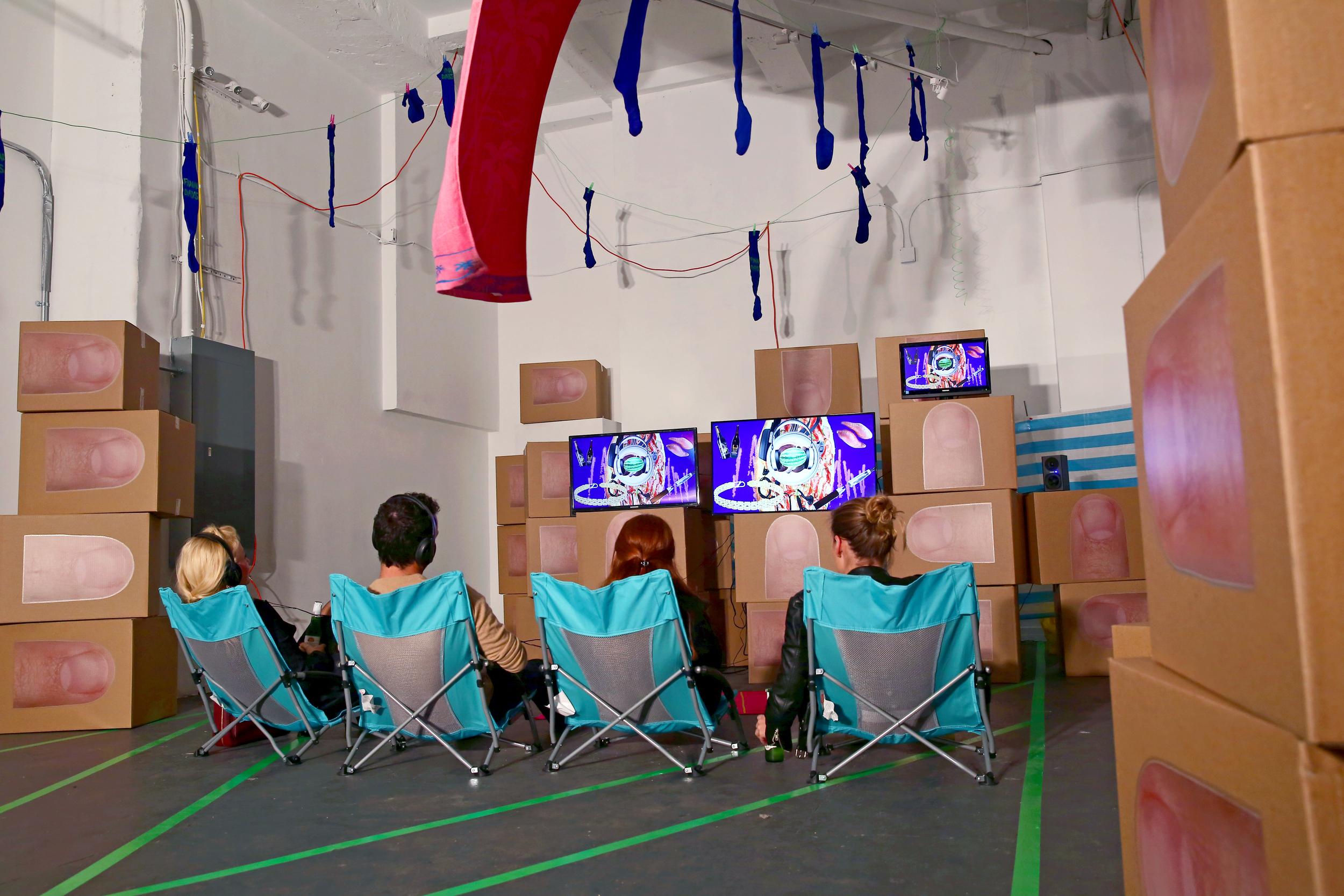 Heather Phillipson, Final Days, A Performa Project, 2015. Photo by Paula Court, courtesy of Performa.