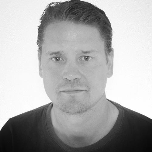 Юсси Карасти   Инженер-проектировщик систем электрики и умного дома.