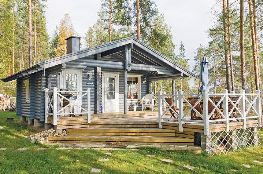 Летняя дача Honka Nestori, площадь 25 кв.м. Летний домик такого размера обычно не подключают к электричеству, так как водопровода в нем нет, и он не требуетотопленияв зимний период.