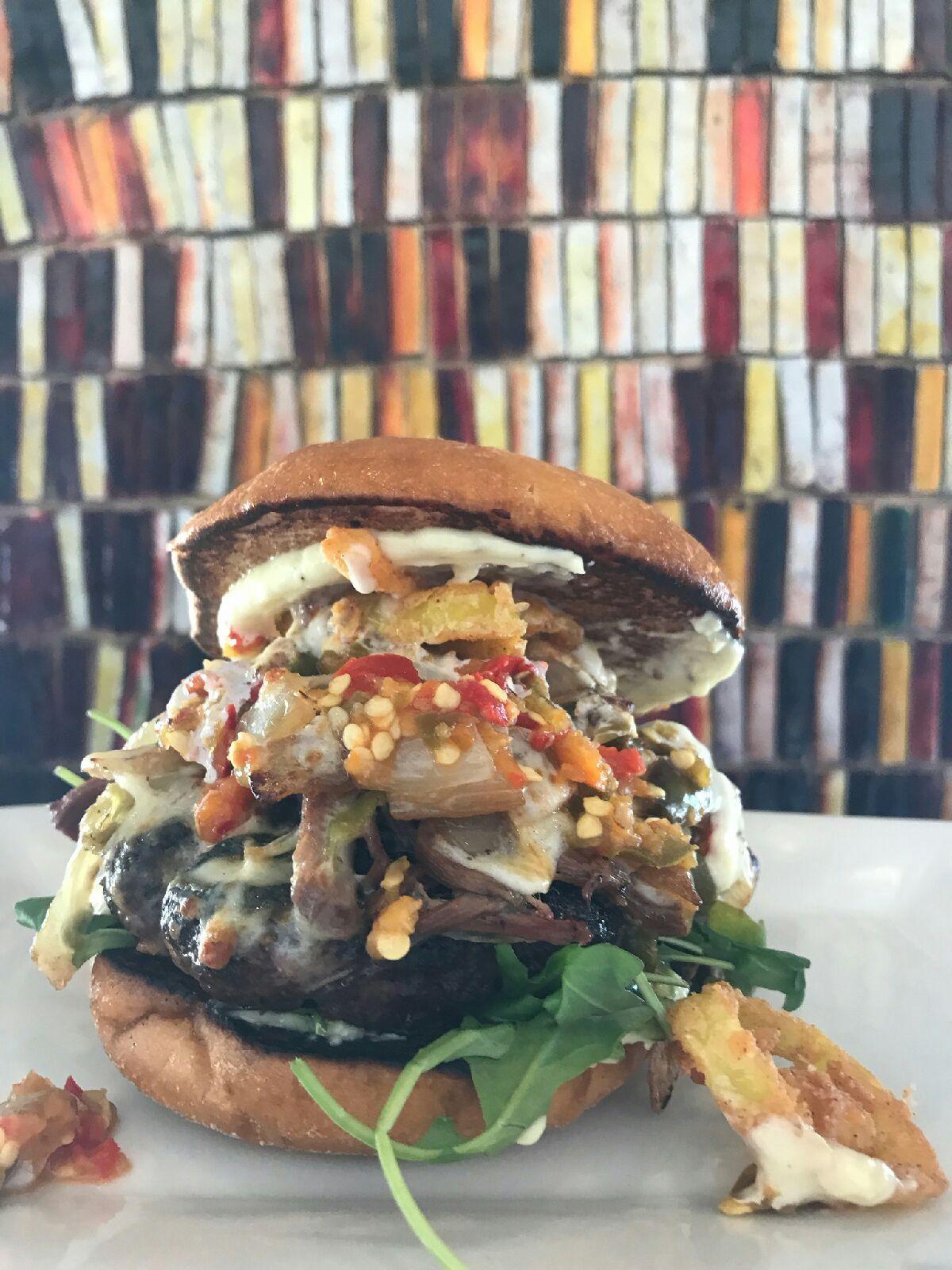 Burger-creations-nellos.jpg