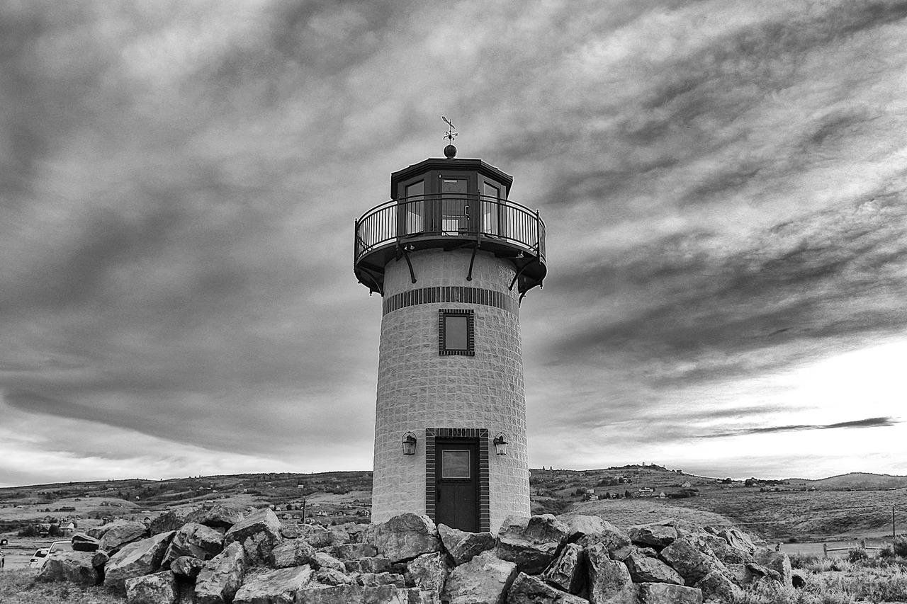 bw lighthouse.jpg