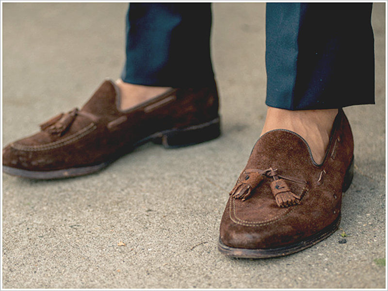 Articles of Style, Blogger // Focus: Suede Tassel Loafers with Linen Trousers