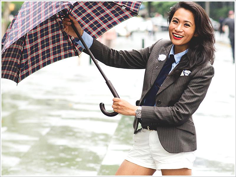Cris at La Garçonnière // Focus: White Shorts with A Pinstripe Suit Jacket and Tie