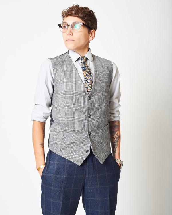 Unisex fashion 1.jpg