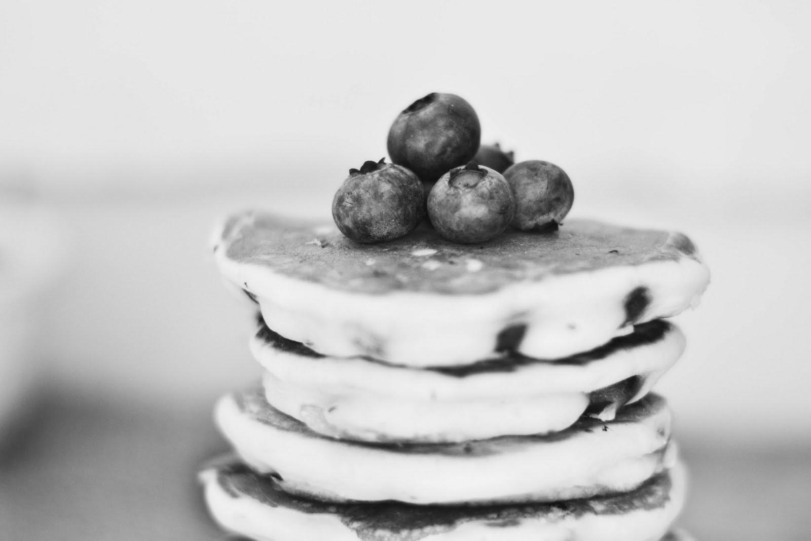 lemon+cocnut+pancakes-5.jpg