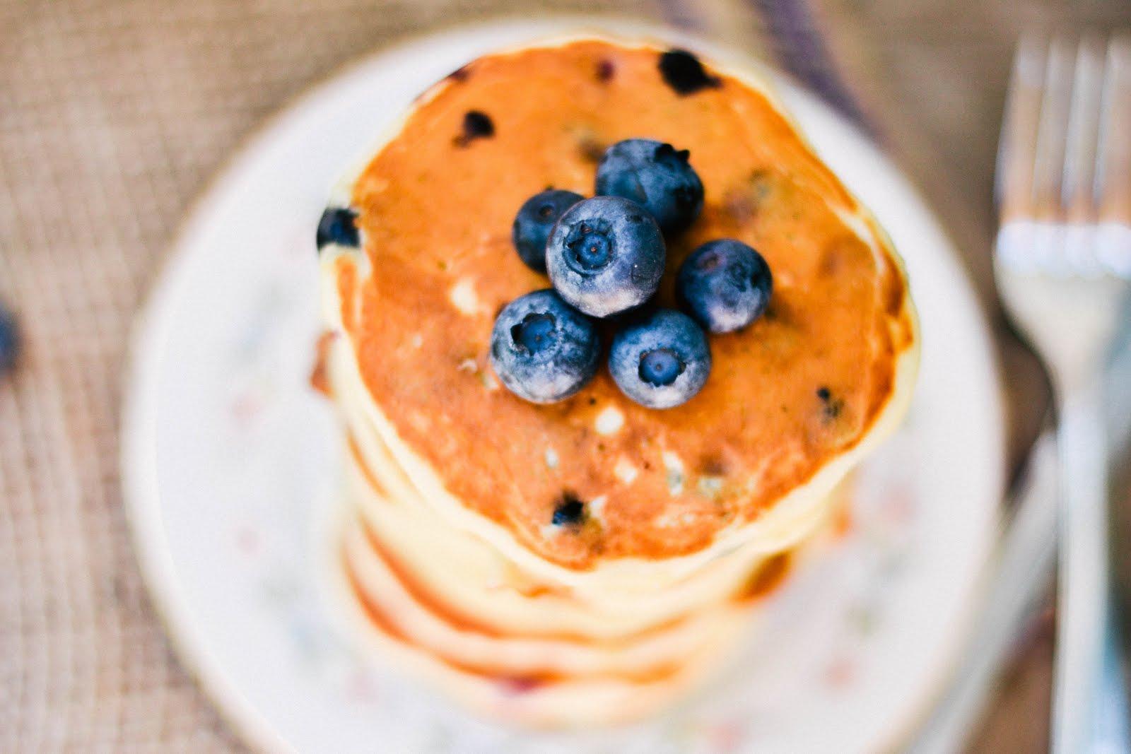 lemon+cocnut+pancakes-1-2.jpg