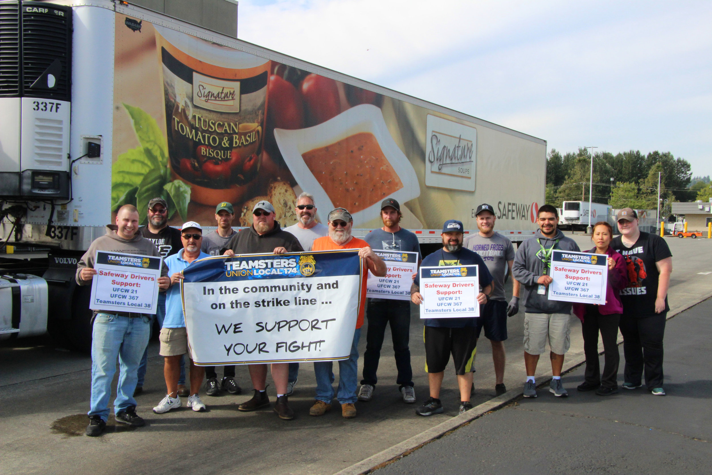 Teamsters 174 stands in solidarity  with Puget Sound grocery store workers