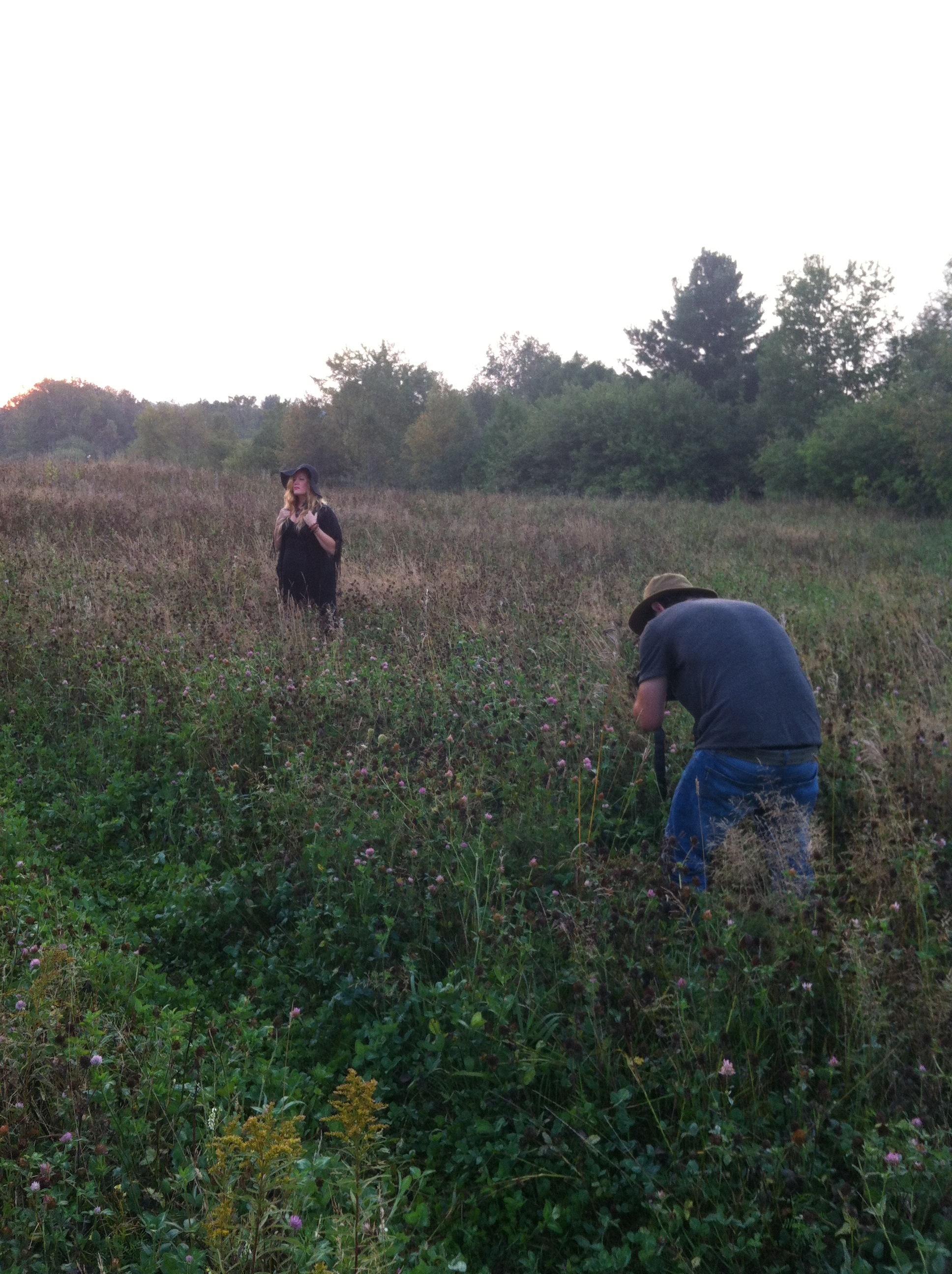 Kaylen_and_Lindsay_in_an_early_am_field